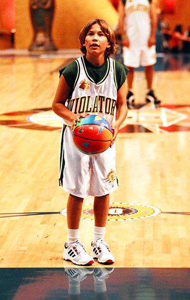 Jonathan Taylor Thomas at MTV's 1995 Rock n' Jock Basketball in Los Angeles on September 7, 1995