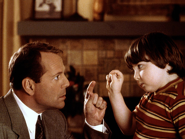 Bruce Willis | Younger version: Spencer Breslin ( The Kid , 2000) Older version: Bruce Willis ( The Kid ) Why it doesn't work: Aside from the fact…