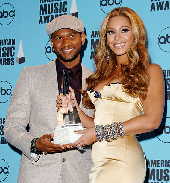 Usher With Beyonce at the 2007 American Music Awards in Los Angeles on November 18, 2007