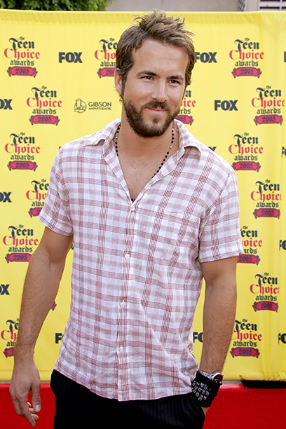 Ryan Reynolds at the 2005 Teen Choice Awards on August 14, 2005
