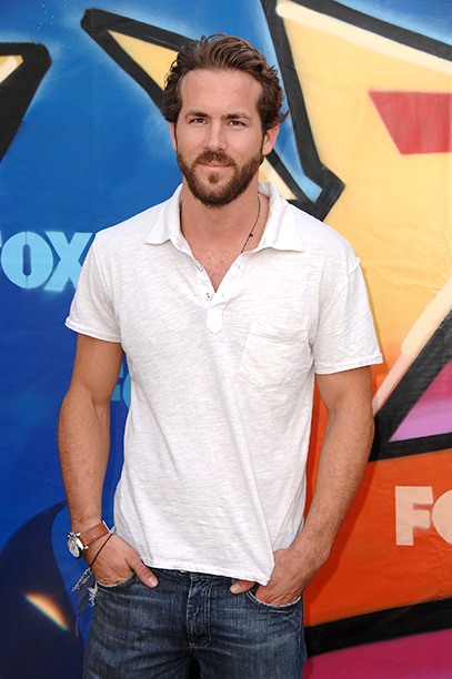 Ryan Reynolds at the 2007 Teen Choice Awards on August 26, 2007