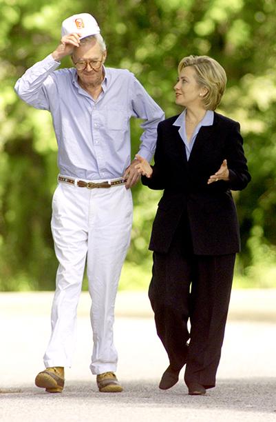 Hillary Rodham Clinton With Daniel Patrick Moynihan on His Farm Near Oneonta, N.Y., on July 7, 1999
