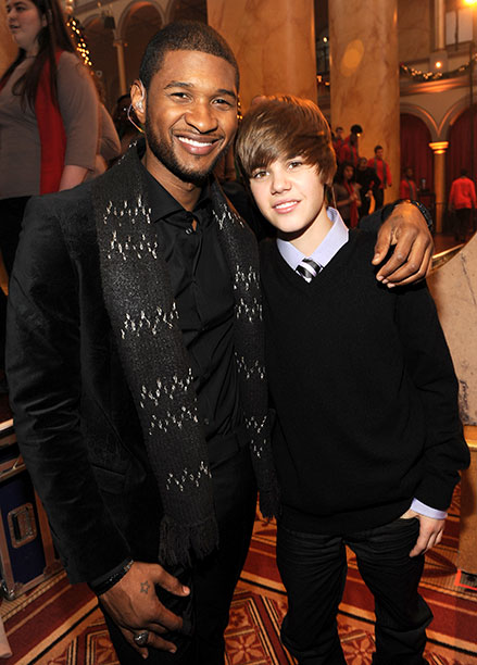 Usher With Justin Bieber at TNT's Christmas in Washington 2009 in Washington, D.C. on December 13, 2009