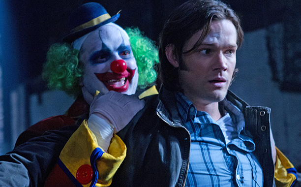 When Sam and Dean head to local pizza chain Plucky Pennywhistle's Magical Menagerie to investigate some murders, they discover that children's drawings of their worst…
