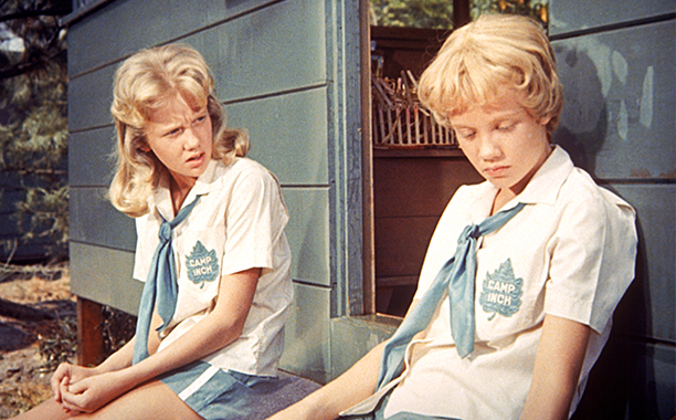 Hayley Mills as Sharon McKendrick and Susan Evers in The Parent Trap