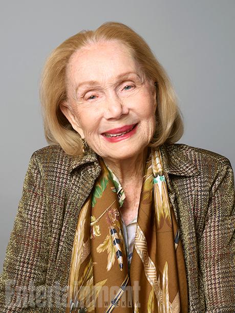 Katherine Helmond (Mona Robinson)