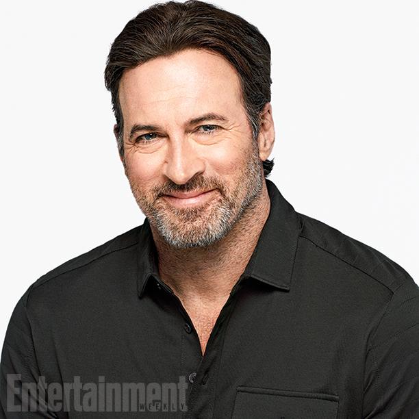 Scott Patterson (Luke Danes)