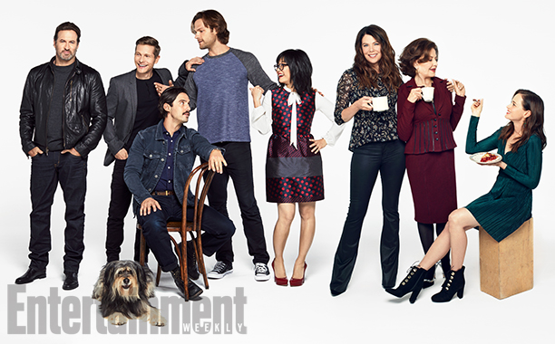From left: Scott Patterson, Sparky the Dog, Matt Czuchry, Milo Ventimiglia, Jared Padalecki, Keiko Agena, Lauren Graham, Kelly Bishop, and Alexis Bledel