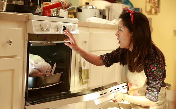 "'Fresh Off the Boat' Season 2 Episode 8: ""Huangsgiving"""