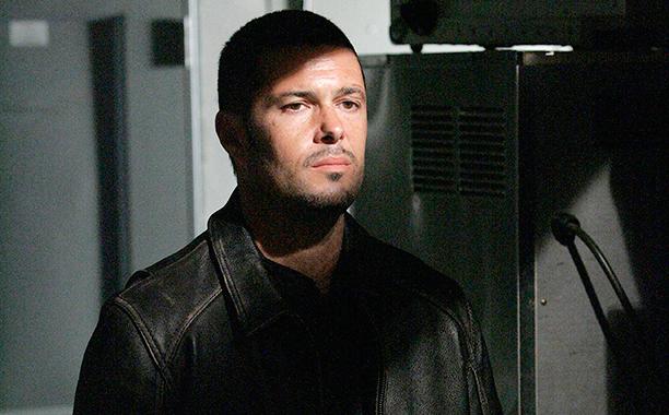 Tony Almeida (Carlos Bernard)