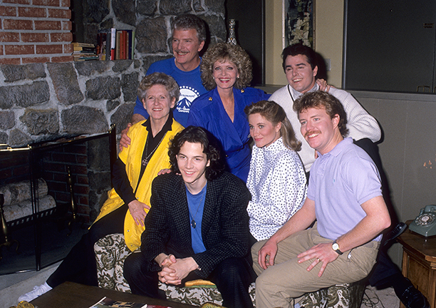 Florence Henderson With Ann B. Davis, Robert Reed, Christopher Daniel Barnes, Maureen McCormick, Christopher Knight, and Mike Lookinland Filming Day by Day on January 19, 1989