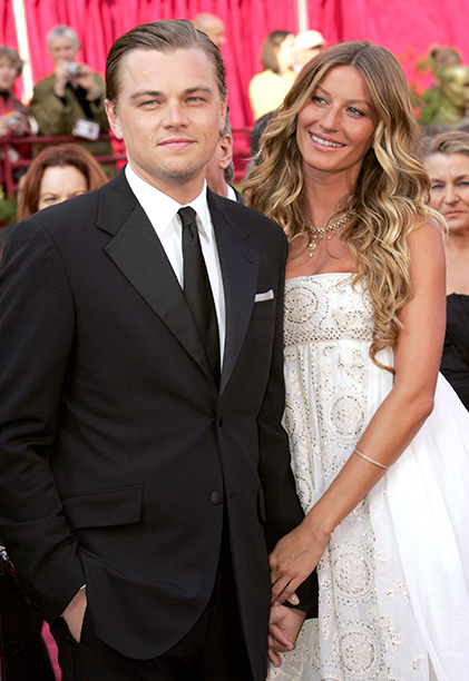 Leonardo DiCaprio With Gisele Bundchen at the 77th Academy Awards in Hollywood on February 27, 2005