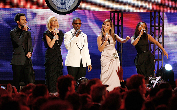 Adam Levine, Faith Hill, Jaimie Foxx, Beyonce, and Alicia Keys at Barack Obama's Inaugural Ball in 2009