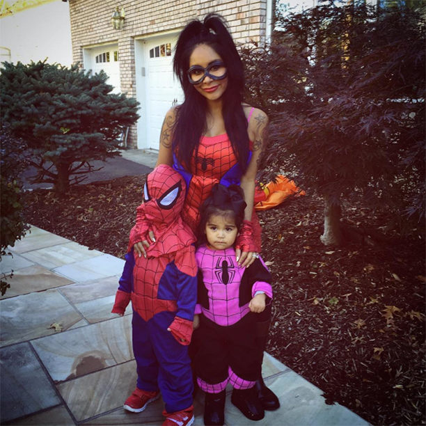 """Nicole """"Snooki"""" LaValle, Lorenzo, and Giovanna as Spider-Man and Spider-Women"""