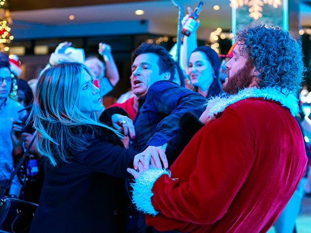 All Crops: Office Christmas Party (2016)(L-R) Jennifer Aniston as Carol Vanstone, Jason Bateman as Josh Parker, and T.J. Miller as Clay Vanstone
