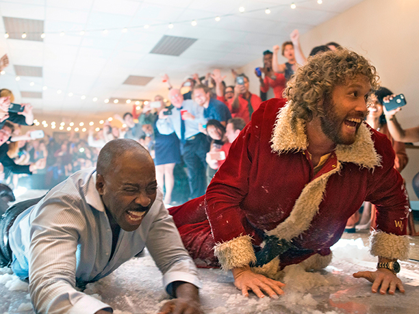 GALLERY: OFFICE CHRISTMAS PARTY (2016)L-R: Courtney B. Vance as Walter, T.J. Miller as Clay Vanstone