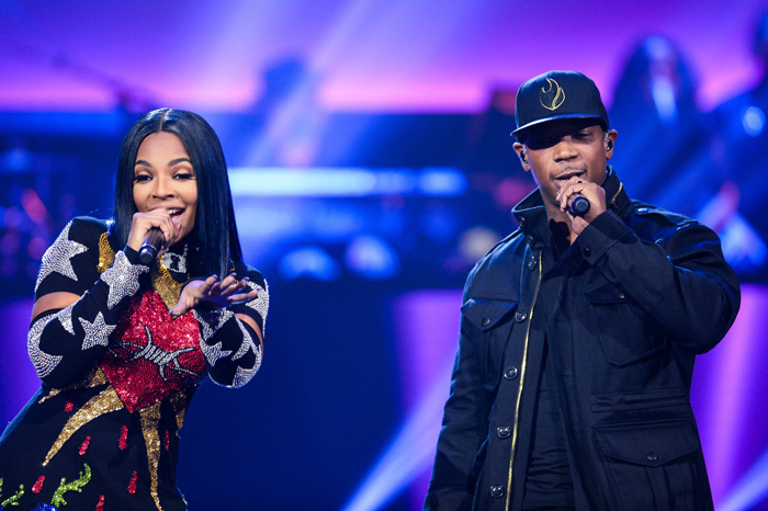 All Crops: SHOWTIME AT THE APOLLO: Pictured L-R: Ashanti and Ja Rule perform at the Apollo Theater for SHOWTIME AT THE APOLLO airing Monday, Dec. 5 (8:00-10:00 PM ET/PT) on FOX. CR: Anthony Behar/Fox
