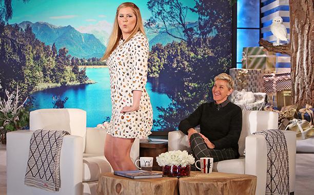 ALL CROPS: Amy Schumer talks non-romantic Paris trip Ellen