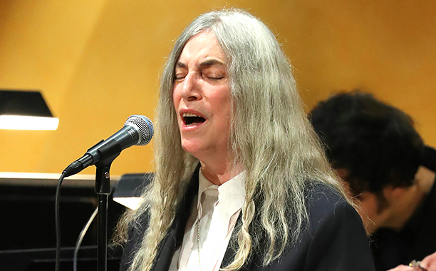 "ALL CROPS: AP_16346116069968 U.S.singer Patti Smith sings Bob Dylan's ""A Hard Rain's A-Gonna Fall"" at the Nobel Prize ceremony on behalf Stockholm, Sweden on Dec. 10, 2016. ( The Yomiuri Shimbun via AP Images )"