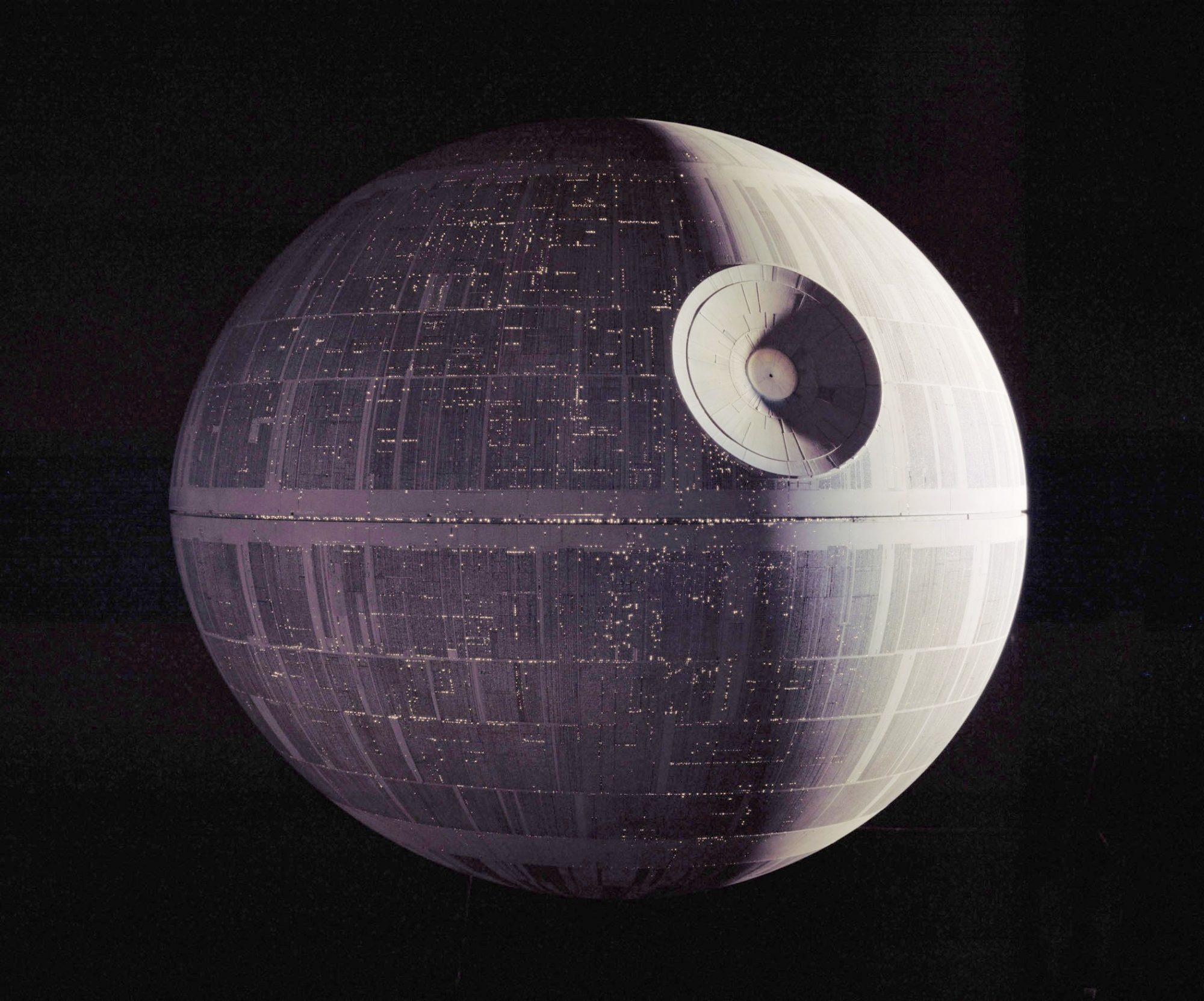 Star Wars: Episode IV - A New HopeDeath Star