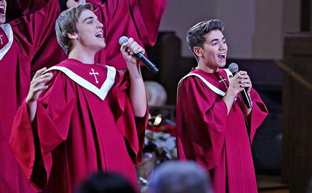 "ALL CROPS: THE REAL O'NEALS - ""The Real Christmas"" - (ABC/John Fleenor) SEAN GRANDILLO, NOAH GALVIN"
