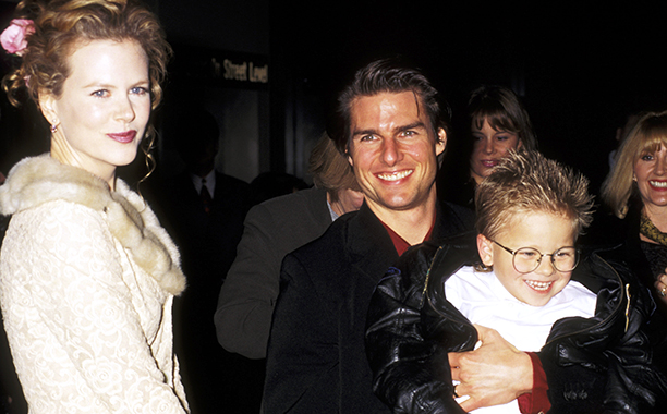 """GALLERY: 'Jerry Maguire' Premiere: ALL CROPS GettyImages-105861086.jpg Nicole Kidman, Tom Cruise, and Jonathan Lipnicki during """"Jerry Maguire """" New York City Premiere at Pier 88 in New York City, New York, United States."""