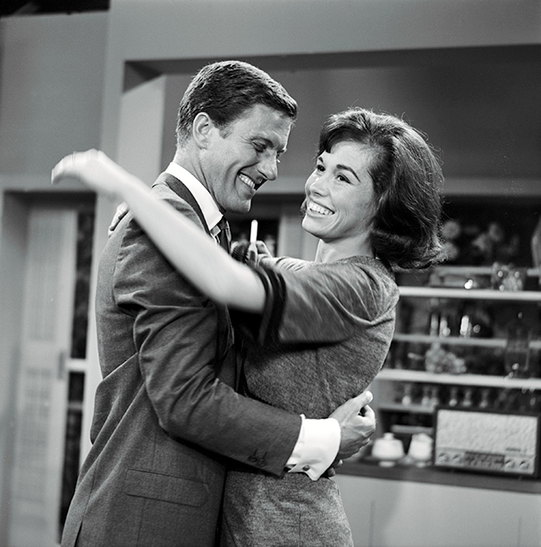 Mary Tyler Moore With Dick Van Dyke on The Dick Van Dyke Show on July 10, 1961