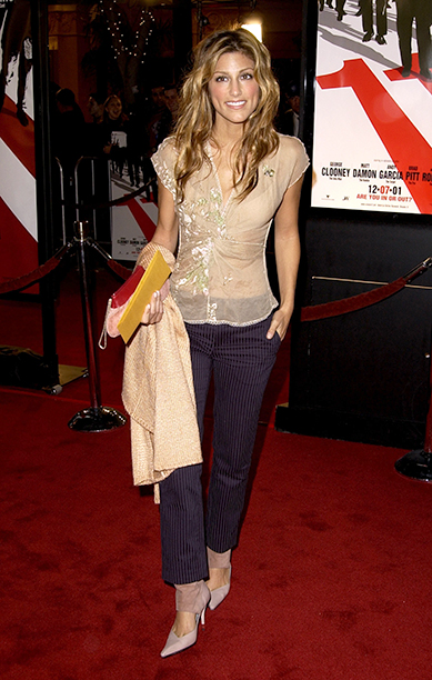 """GALLERY: 'Ocean's Eleven' Premiere: GettyImages-78649156.jpg Jennifer Esposito at the premiere of """"Ocean's Eleven"""" at the Village Theater in Los Angeles, Ca. Wednesday, December 5, 2001"""