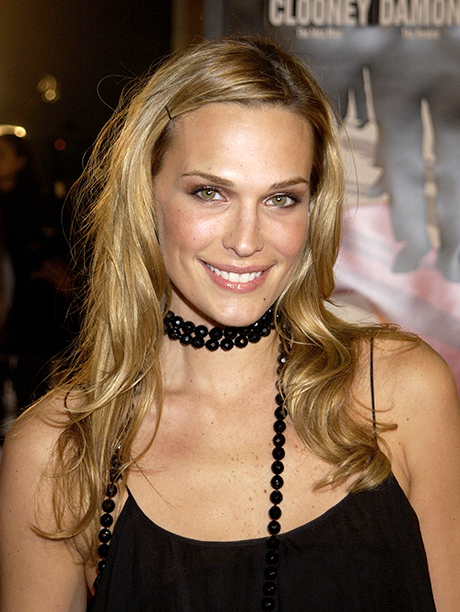 """GALLERY: 'Ocean's Eleven' Premiere: GettyImages-87272327.jpg Molly Sims during World Premiere of """"Ocean's Eleven"""" at Mann's Village Theatre in Westwood, California, United States"""