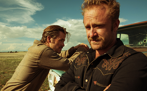 ALL CROPS: Critics Choice - Hell Or High Water (2016) (Left to right) Chris Pine and Ben Foster