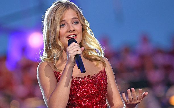 ALL CROPS: 545011222 Jackie Evancho performs at A Capitol Fourth concert at the U.S. Capitol, West Lawn, on July 4, 2016 in Washington, DC. (Photo by Paul Morigi/Getty Images for Capital Concerts)
