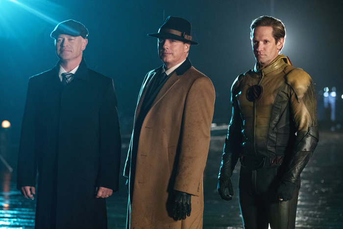 """No Crops: DC's Legends of Tomorrow --""""The Chicago Way""""-- LGN208a_0307.jpg -- Pictured (L-R): Neal McDonough as Damien Darhk, John Barrowman as Malcolm Merlyn and Matthew Letscher as Eobard Thawne -- Photo: Jack Rowand/The CW"""