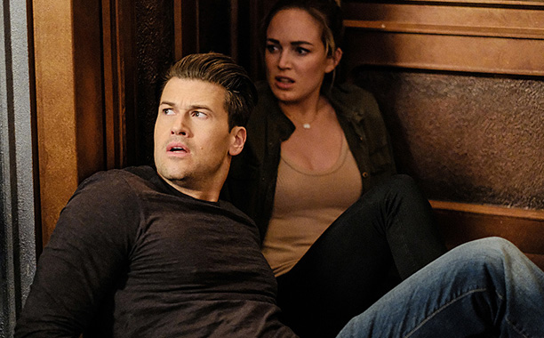 "RECAP: 12/8/16: ALL CROPS: DC's Legends of Tomorrow --""The Chicago Way""-- LGN208b_0316.jpg -- Pictured (L-R): Nick Zano as Nate Heywood/Steel and Caity Lotz as Sara Lance/White Canary -- Photo: Robert Falconer/The CW -- © 2016 The CW Network, LLC. All Rig"