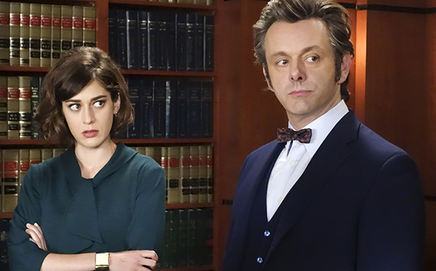 ALL CROPS: Lizzy Caplan as Virginia Johnson and Michael Sheen as Dr. William Masters in Masters of Sex (season 4, episode 5) - Photo: Warren Feldman/SHOWTIME - Photo ID: MastersofSex_405_0491