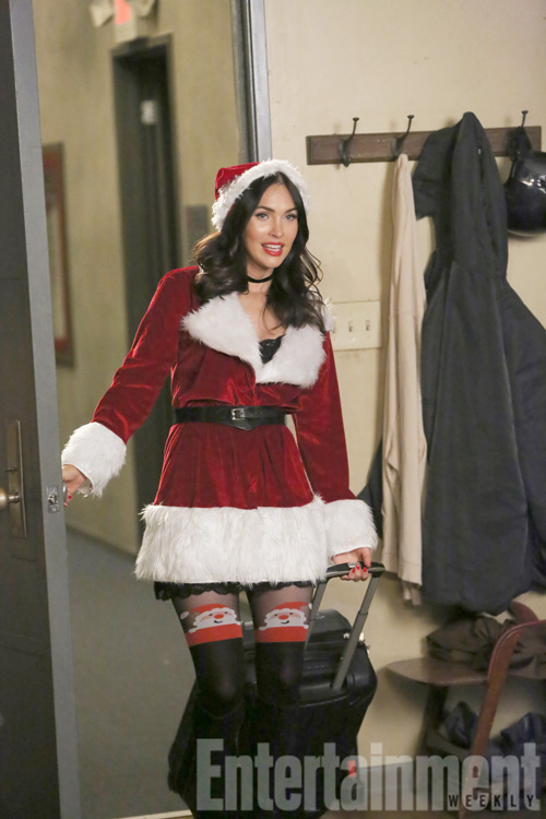 "No Crops: NEW GIRL: Guest star Megan Fox in the ""Christmas Eve Eve"" episode of NEW GIRL airing Tuesday, Dec. 13 (8:30-9:01 PM ET/PT) on FOX. ©2016 Fox Broadcasting Co. WATERMARKED"