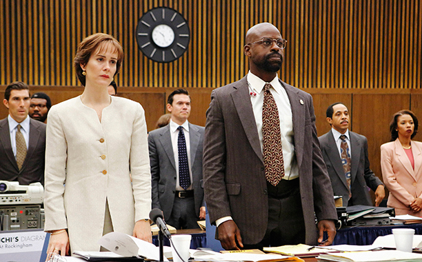 "ALL CROPS: THE PEOPLE v. O.J. SIMPSON: AMERICAN CRIME STORY ""Conspiracy Theories"" Season 1, Epiosde 7 Air Date: March 15, 12016 Pictured: (l-r) Sarah Paulson as Marcia Clark, Sterling K. Brown as Christopher Darden"