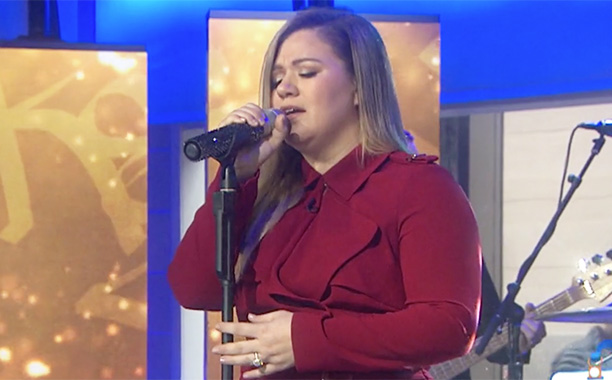 All Crops: See Kelly Clarkson perform 'It's Quiet Uptown' from 'The Hamilton Mixtape' Screengrab