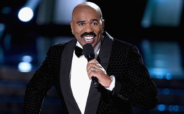 ALL CROPS: 502134988 Steve Harvey hosts the 2015 Miss Universe Pageant at The Axis at Planet Hollywood Resort & Casino on December 20, 2015 in Las Vegas, Nevada. (Photo by Ethan Miller/Getty Images)