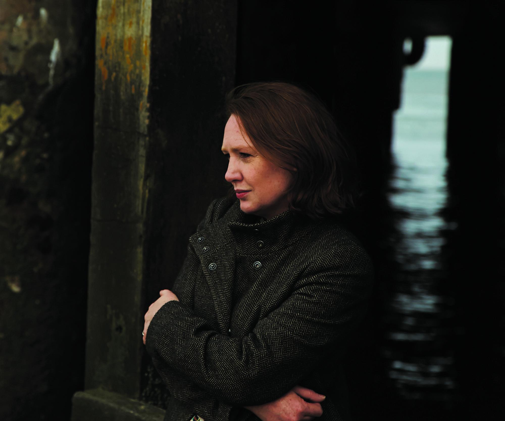 Paula Hawkins author photo