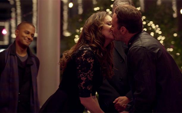 GALLERY: Best Shipper Moments of 2016: Luke/Lorelai wedding screengrab