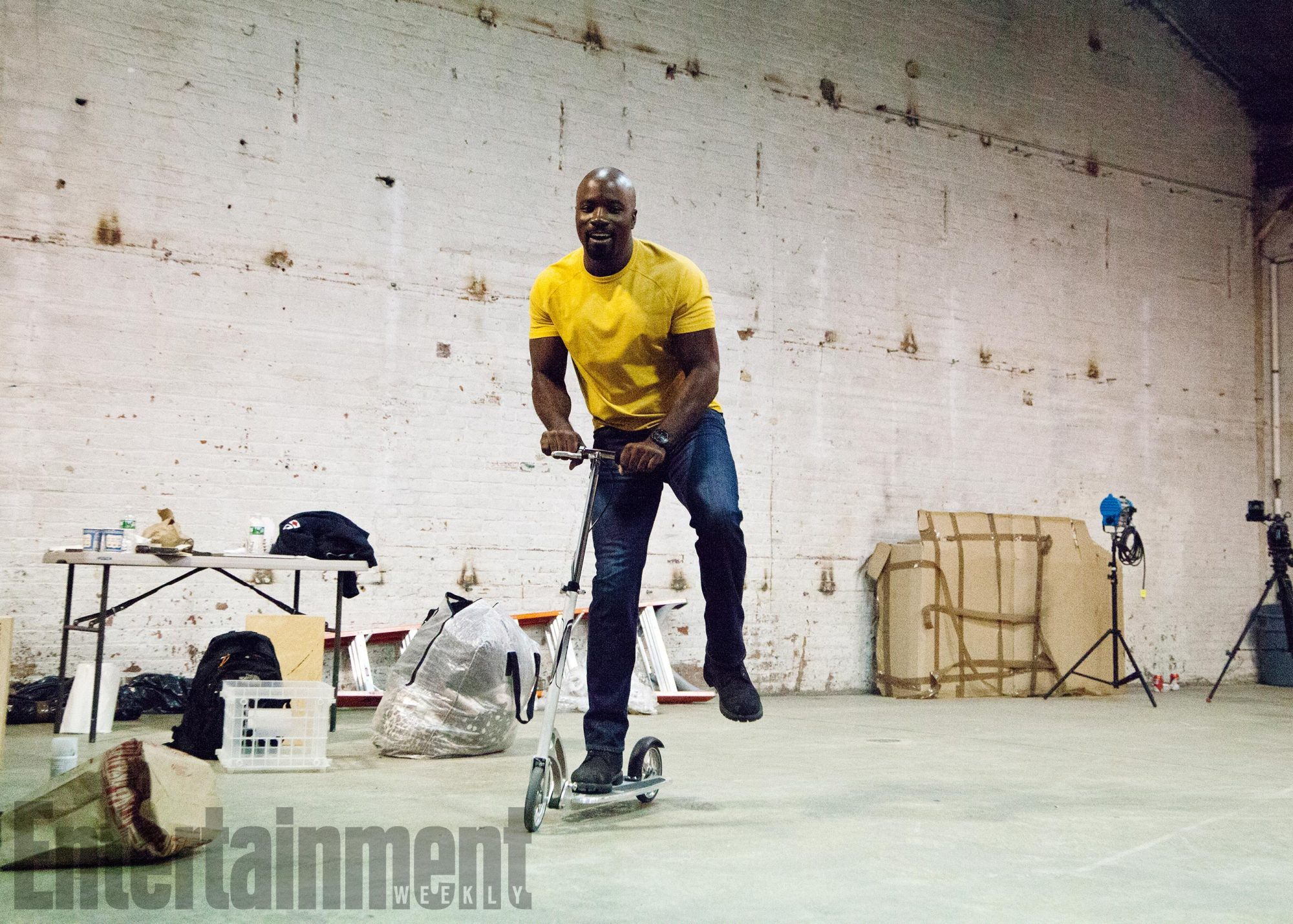 BTS of THE DEFENDERS photoshoot. December 10, 2016Pictured: Mike Colter
