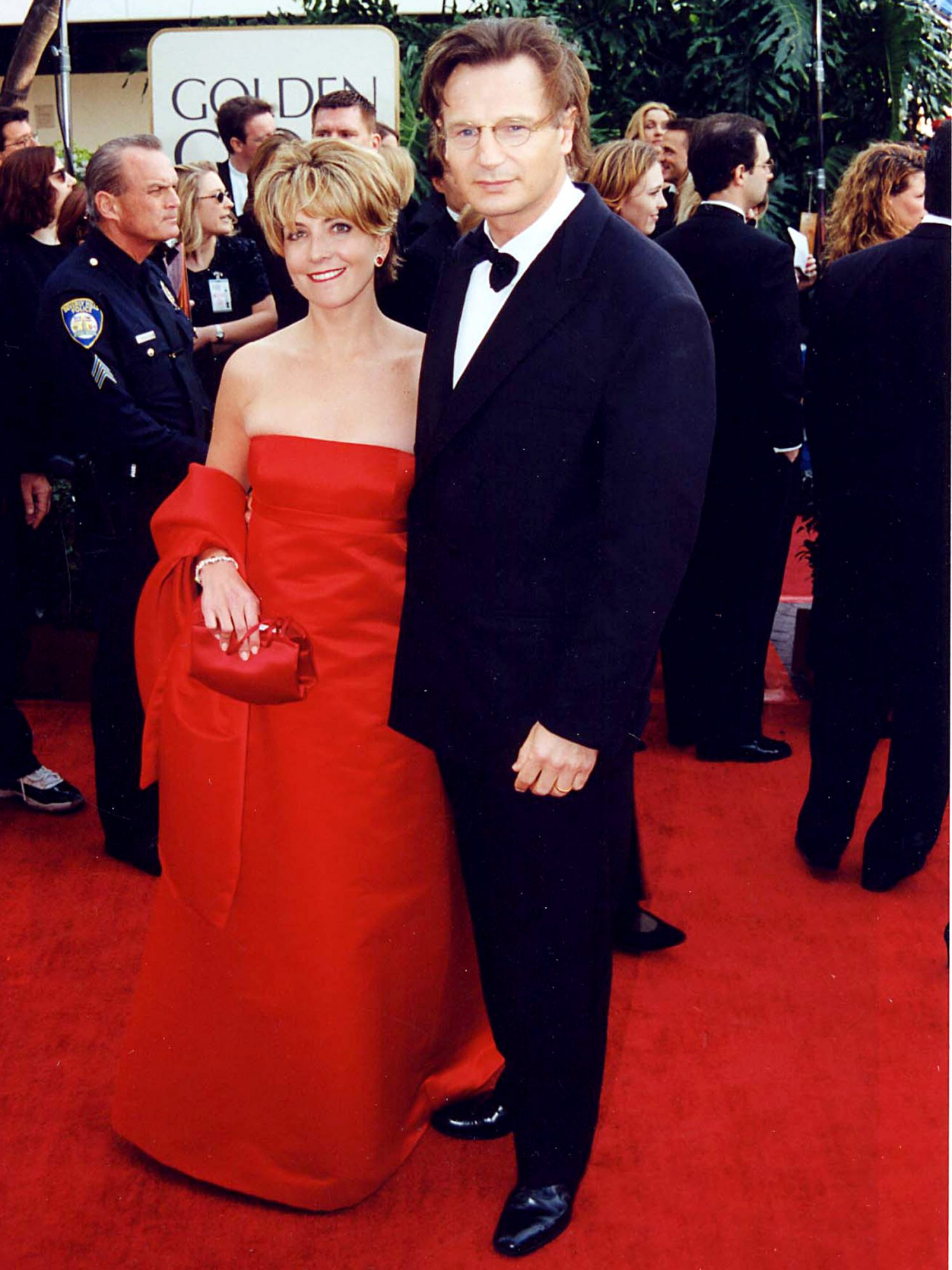 Natasha Richardson and Best Actor in a Drama Nominee Liam Neeson (Michael Collins)