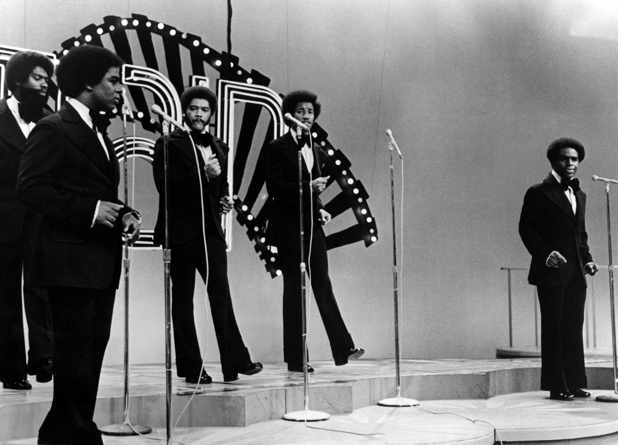 The Whispers Performing On Soul Train