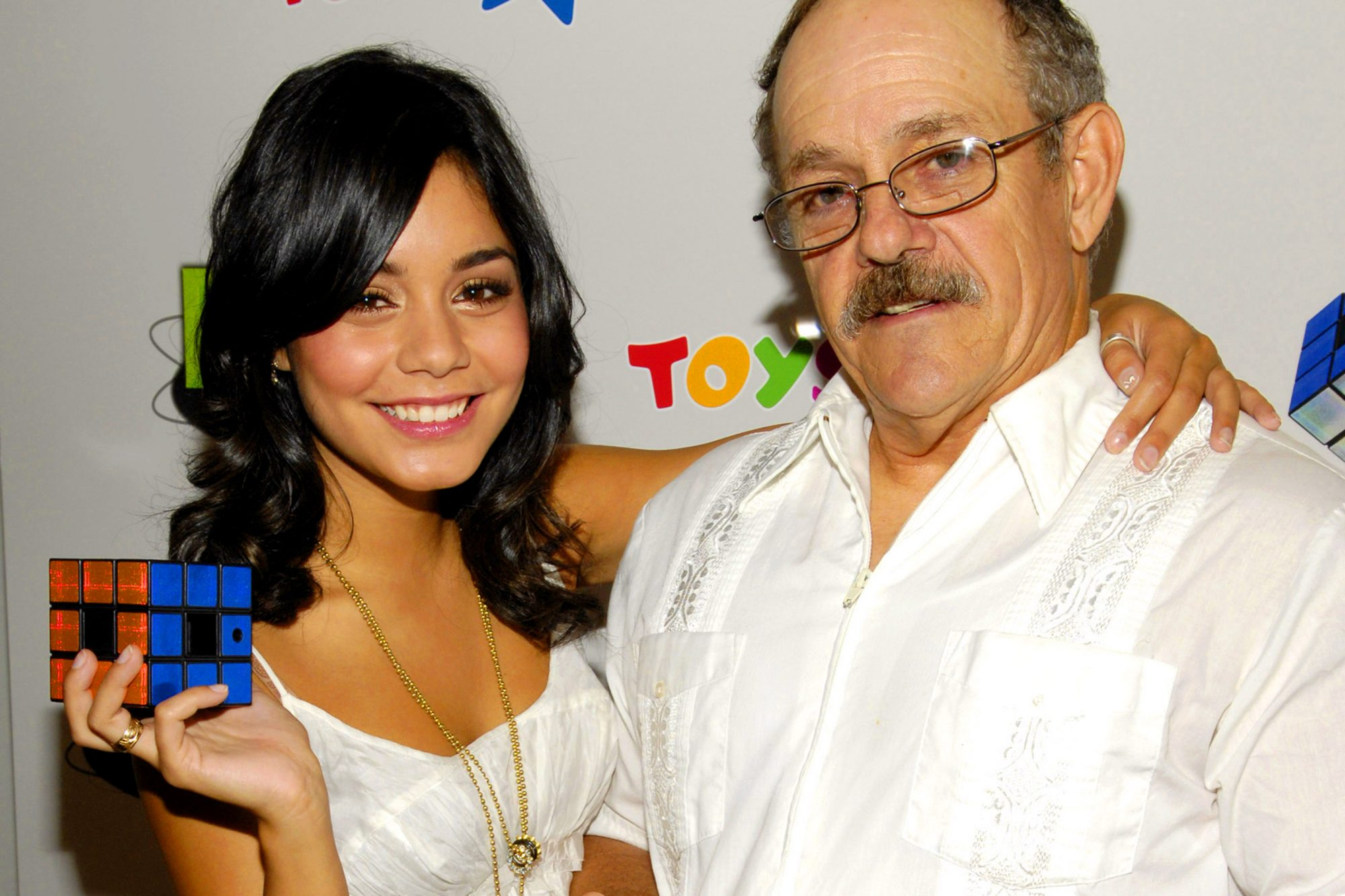 Vanessa Hudgens Celebrates Father?s Day with the Launch of Techno Source?s Rubik?s Revolution at Toys ''R'' Us Times Square