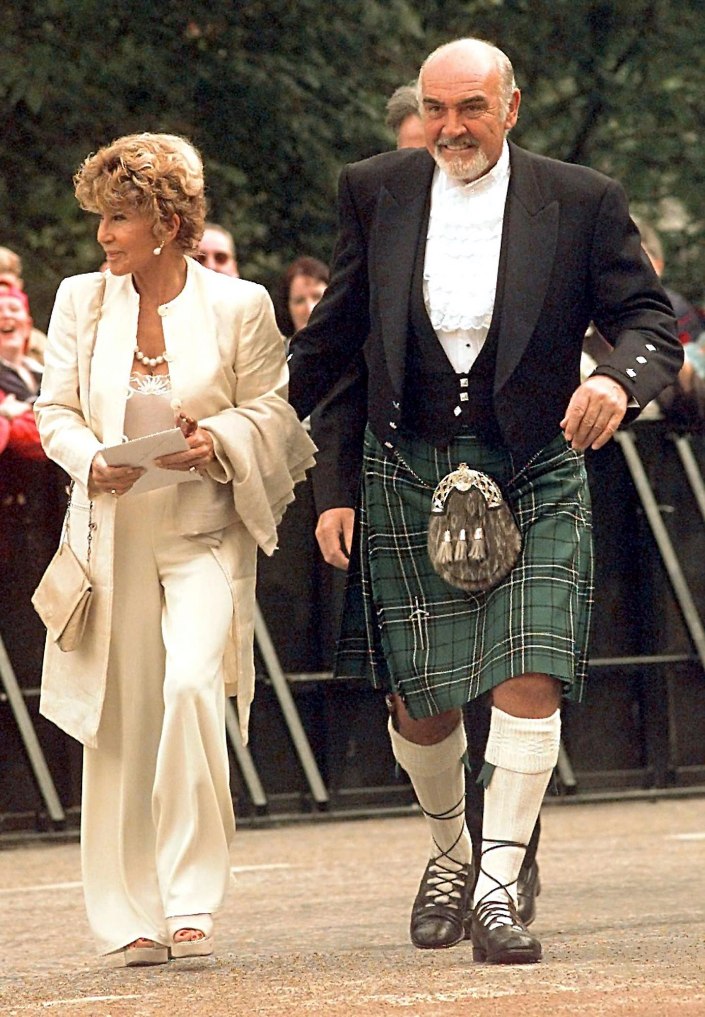 Scottish actor Sean Connery with wife Mi