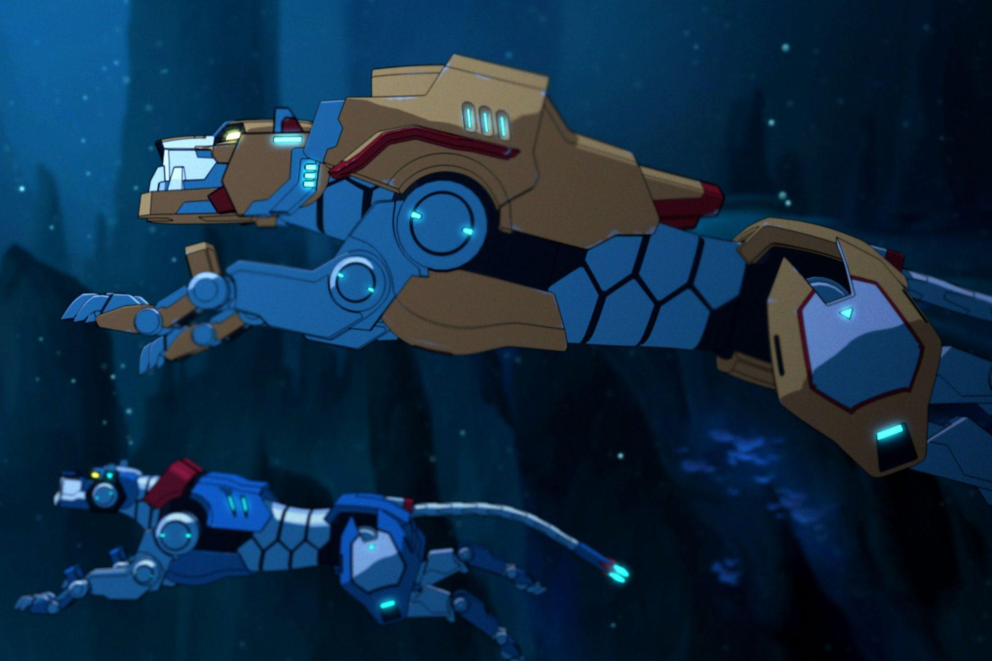 lions-underwater