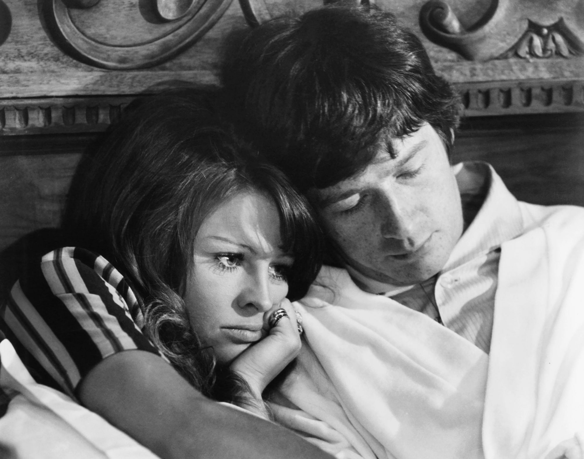 IN SEARCH OF GREGORY, from left, Julie Christie, John Hurt, 1969