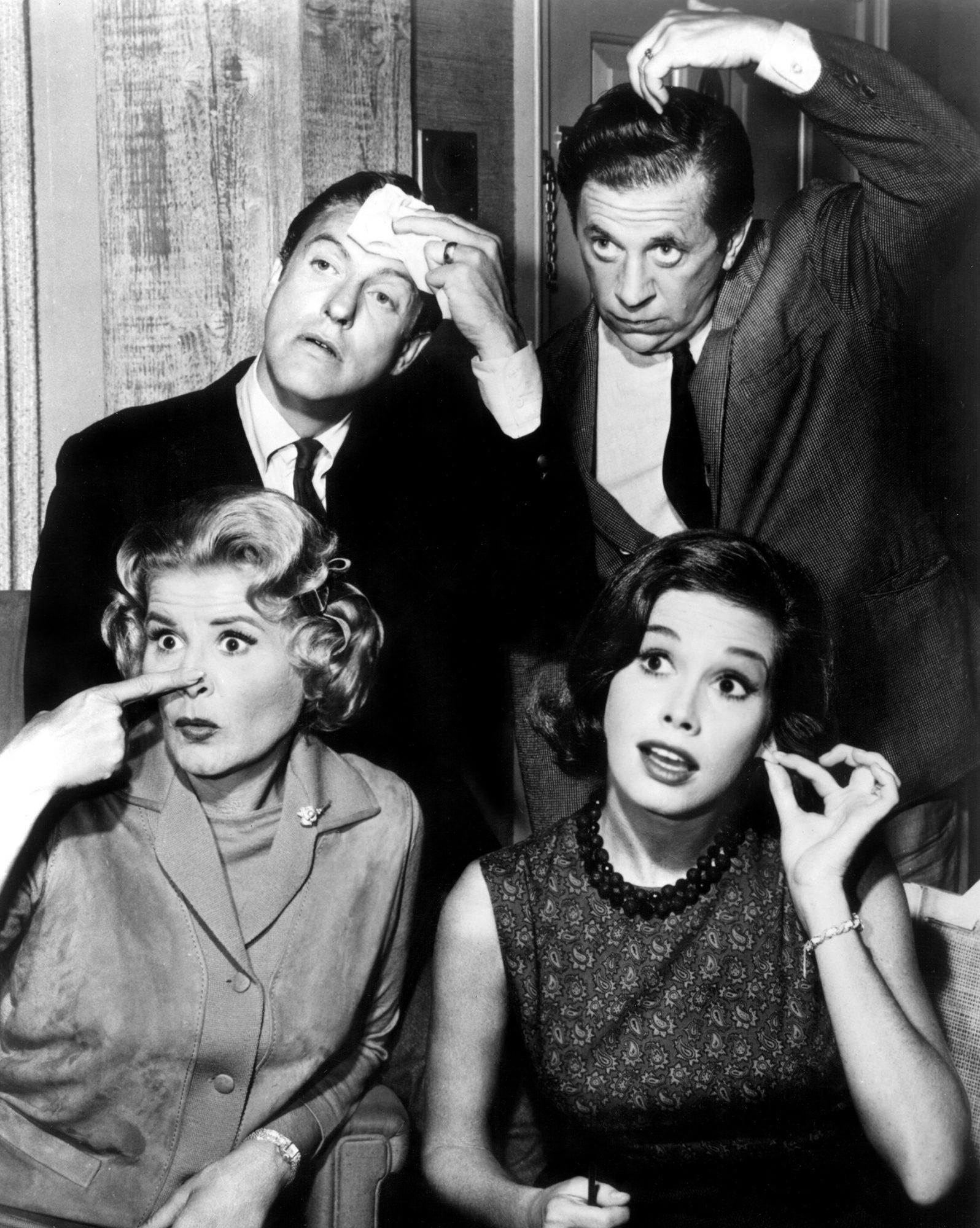THE DICK VAN DYKE SHOW, (clockwise from top left): Dick Van Dyke, Morey Amsterdam, Mary Tyler Moore,