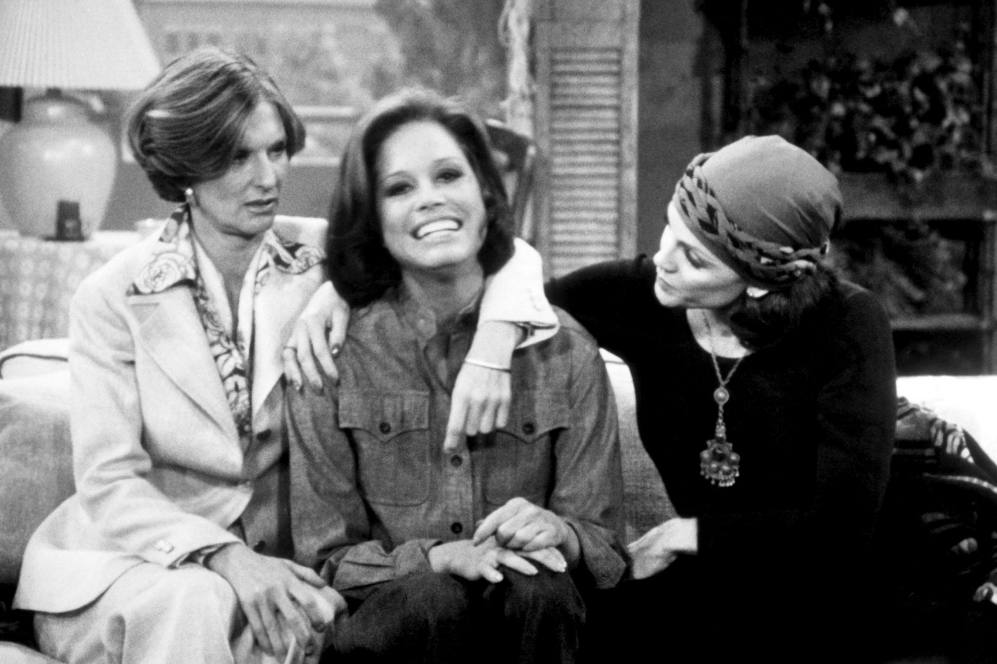 MARY TYLER MOORE SHOW, Cloris Leachman, Mary Tyler Moore, Valerie Harper, 1970-1977
