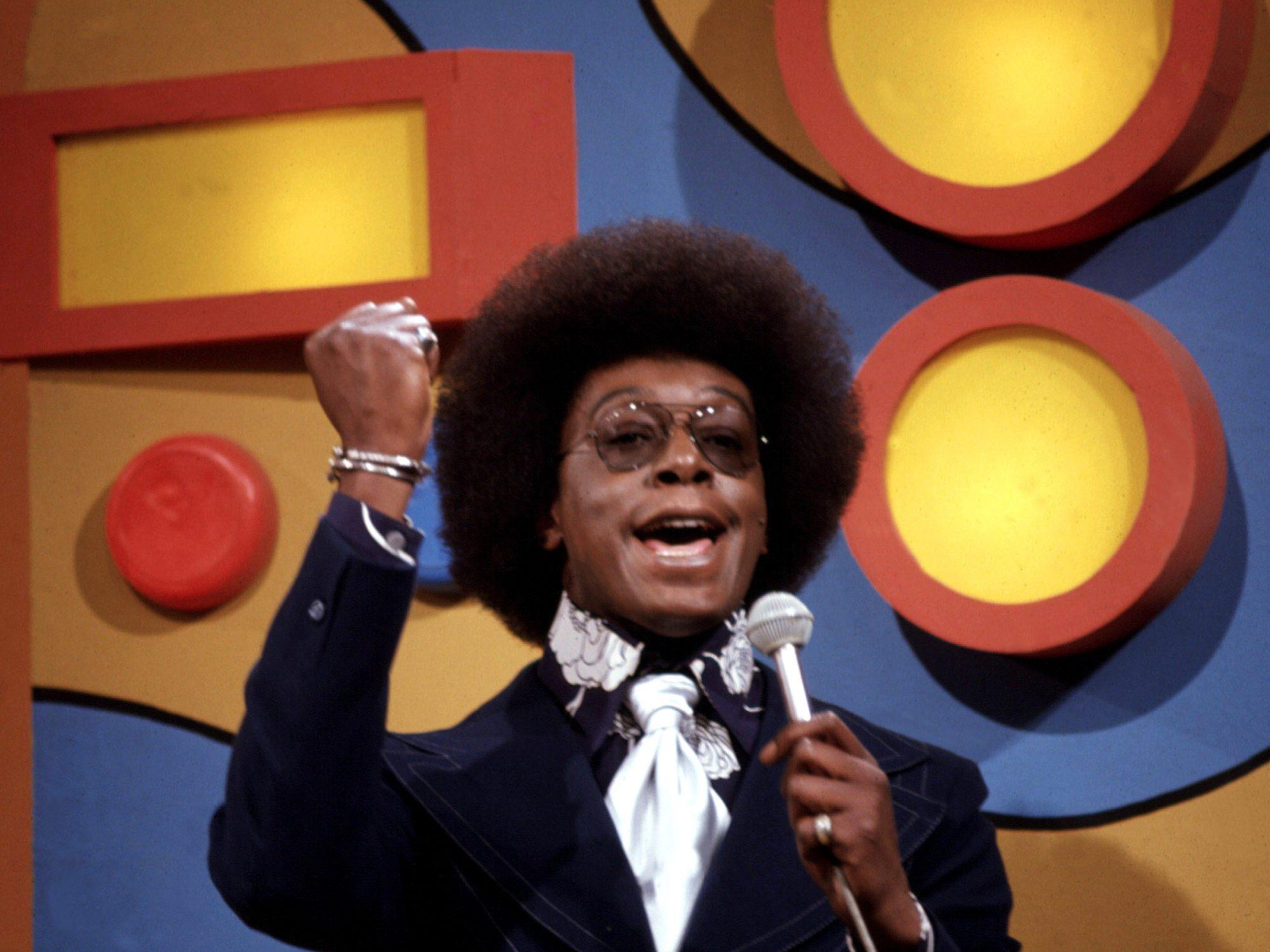 SOUL TRAIN, host Don Cornelius, circa mid 70's, 1971-